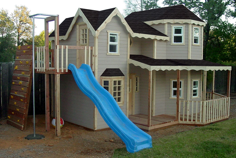 Image gallery outdoor clubhouse How to build outdoor playhouse